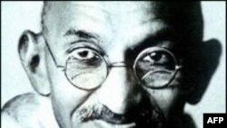 میراث آفریقایی مهاتما گاندی صد ساله شد