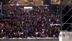 """2015-10-11 美國之音視頻新聞: 成千上萬美國黑人紀念""""百萬人大遊行""""20週年"""