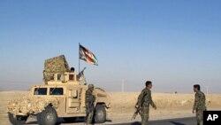 7일 헬만드 주 폭발 사고현장에 도착한 아프간군.