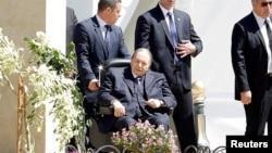 Le président algérien Abdelaziz Bouteflika à Alger le 9 avril 2018.