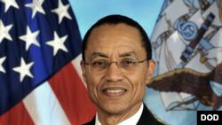 前美军太平洋舰队司令和美军战略司令部司令哈尼上将(Admiral Cecil Haney) (美国国防部照片)
