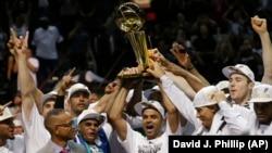 馬刺隊獲得NBA總決賽冠軍