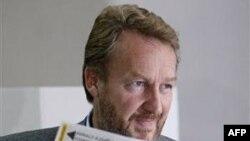 Кандидат в президенты Бакир Изетбегович