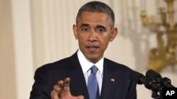 Tổng thống Obama trả lời họp báo tại phòng Đông của Tòa Bạch Ốc, ngày 5/11/2014.