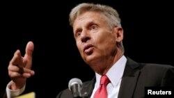 게리 존슨 전 뉴멕시코 주지사가 29일 플로리다주 올랜도에서 열린 미국 자유당 전당대회에서 대통령 후보 수락 연설을 하고 있다.