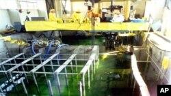Korea Utara tahun 2010 mengizinkan tim ilmuwan Amerika meninjau ke salah satu fasilitas nuklir di Yongbyon (Foto: dok).