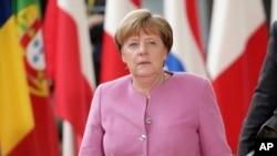 La canciller alemana Angela Merkel visitará la Casa Blanca el martes, para lo que será su primer encuentro frente a frente con Donald Trump, quien la criticó duramente durante la campaña presidencial.