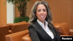 Lisa Lambert, executive director of Upward, poses for Reuters in Santa Clara, California Jan. 23, 2015.