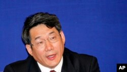 Liu Tienan, a vice chairman of the National Development and Reform Commission speaks during press conference Wednesday April 29, 2009 in Shanghai, China.