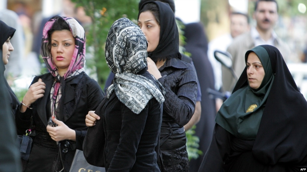 İran'da İyi örtünmeyen kadınlar artık hapse atılmayacak
