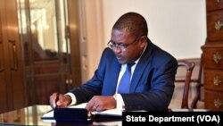 Moçambique: Presidente Nyusi apela ao empenho efectivo pela paz