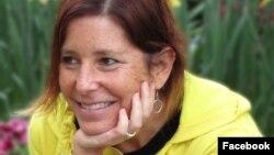 Amy Krouse Rosenthal padecía de cáncer en los ovarios desde 2015 y sabía que iba a morir pronto cuando escribió la columna en el Times. [Foto: Facebook]