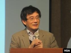 台灣228事件紀念基金會董事長薛化元(美國之音張永泰拍攝)