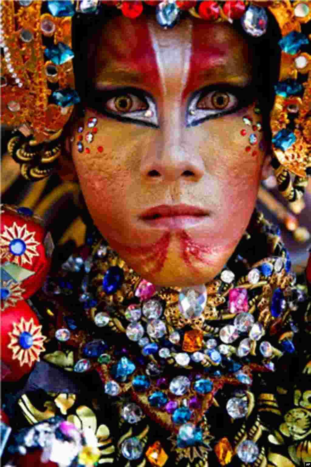Bằng Danh Dự - Một hình ảnh của ngày Lễ Hội Thời Trang ở Jember, Indonesia năm 2011 (Ảnh: Nizar Arsyadani)