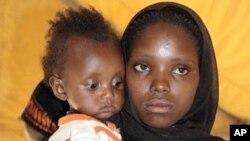 ماں کا چھوٹا قد بچے کی صحت پر منفی اثرڈال سکتاہے: نئی تحقیق