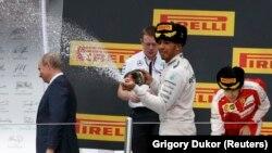 F1 Hamilton Putin