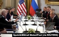 Switzerland, Geneva, Russian President Vladimir Putin and U.S. President Joe Biden attend a meeting at Villa La Grange