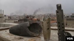 Los enfrentamientos continúan en distintas partes de Siria, como en Erbeen, un suburbio de Damasco, la capital del país..