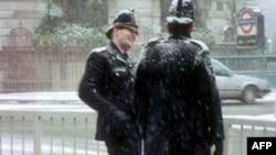 Zorakılıq ittihamı ilə üzləşən Britaniya polislərinə bəraət qazandırılıb