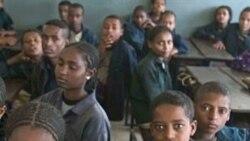 Professores na Huíla ainda fora do sistema das finanças - 1:53