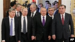 19일 모스크바에서 정상회담을 가진 구소련 국가 6개국 정상들.