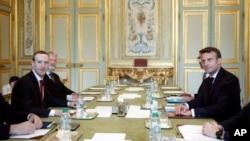 Mark Zuckerberg et Emmanuel Macron au Palais de l'Elysée le 10 mai 2019.