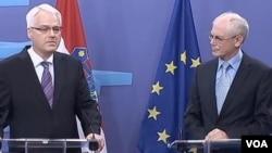 Rompuj i Josipović u Briselu
