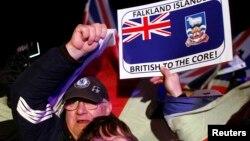 Cư dân quần đảo Falklands hy vọng cuộc bỏ phiếu sẽ gửi đi một tín hiệu, không chỉ tới Buenos Aires, mà còn tới cả thế giới, rằng họ vẫn muốn nằm dưới sự cai quản của Anh Quốc.