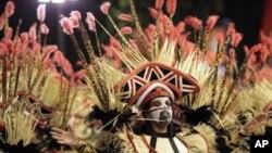 Carnaval do Rio: Vila Isabel é favorita com homenagem a Angola