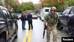 Policija na mestu pucnjave u blizini sinagoge u Pitsburgu