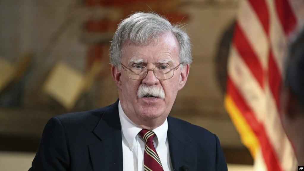Болтон: мы введем новые, более масштабные санкции против Ирана