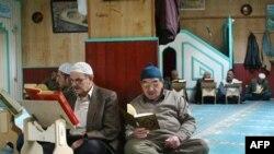 Almanya'da İslam Konferansı Gergin Geçti