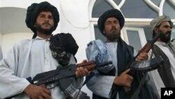 با وجود گزارش ها مبنی بر حمایت تهران از گروه طالبان، کابل در مورد به شکل ضمنی، خاموشی اختیار کرده است.