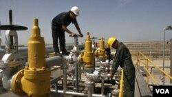 Iran mengancam akan menghambat arus minyak di Selat Hormus apabila dikenakan sanksi atas ambisi nuklirnya (Foto: dok).