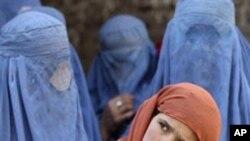 افغانستان: خواتین ٹی وی اینکرز کو سر ڈھانپے کی ہدایت