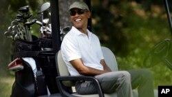 El presidente Obama continúa de vacaciones, pero desde su lugar de descanso envió una carta a senadores demócratas en la que pide el apoyo a su acuerdo nuclear de Irán.