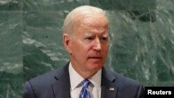 Umongameli Joe Biden weleMellika esethula umbiko wakhe emhlanganweni oweUnited Nations General Assembly eNew York