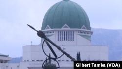 Le bâtiment du Parlement fédéral du Nigeria, le 30 septembre 2020. (VOA/Gilbert Tamba)