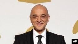عمر اکرم در جشنوارۀ جوایز موسیقی گرامی سال ۲۰۱۳