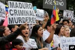 Venezolanos opositores han manifestado su rechazo a Nicolás Maduro dentro y fuera de Venezuela.