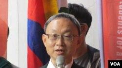 台灣東突厥斯坦協會理事長何朝棟(美國之音張永泰拍攝)