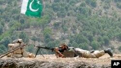 اردوی پاکستان در جنگ با افراطگرایان