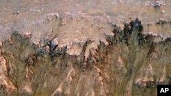 مریخ: آربٹر سے موصول ہونے والی تصاویر