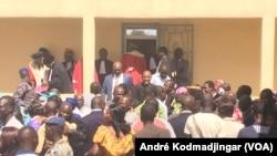 Réactions à N'Djamena après la suspension de la grève