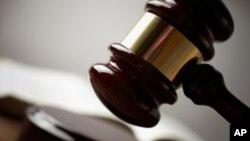 دادگایهکی ههولێر فهرهاد پـیرباڵ به قانونێـکی سهدام سزا دهدات
