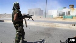 U Libiji se i dalje vode žestoki sukobi u dva uporišta snaga Moamera Gadafija
