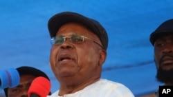 Augustin Kabuya joint par Eddy Isango