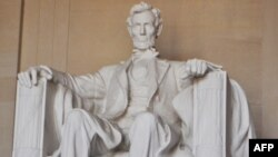 Predsednik Ejbraham Linkoln jedan od dvojice najpopularnijih američkih predsednika