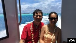 Đi thuyền máy từ sân bay Bora-Bora về khách sạn. (Ảnh: Bùi Văn Phú)