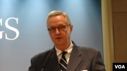 喬治華盛頓大學中國項目主任沈大偉